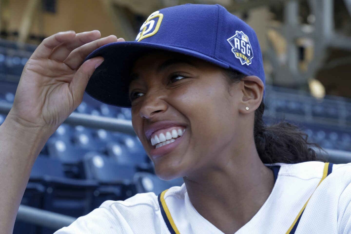 Kylie Bunbury, Fox series Pitch