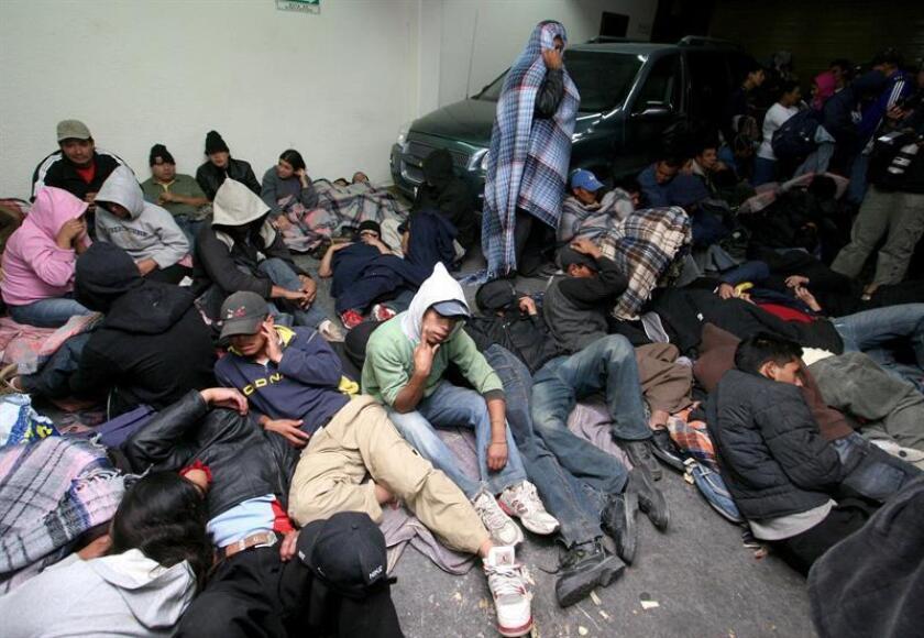 Las autoridades mexicanas interceptaron un vehículo que trasladaba a 42 personas de origen guatemalteco sin identificación en el estado de Aguascalientes y se dirigía hacia la frontera con Estados Unidos. EFE/ARCHIVO