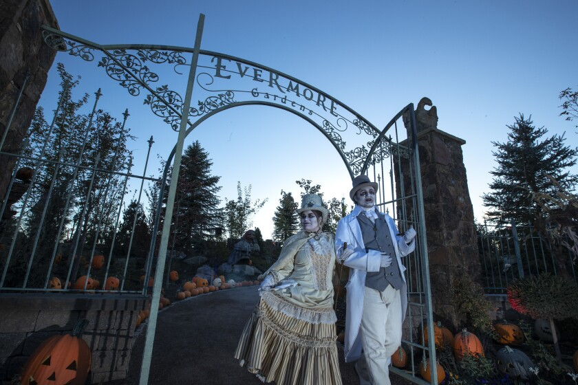 PLEASANT GROVE, UTAH -- SATURDAY, OCTOBER 20, 2018: Victorian themed performers in the Evermore Gard