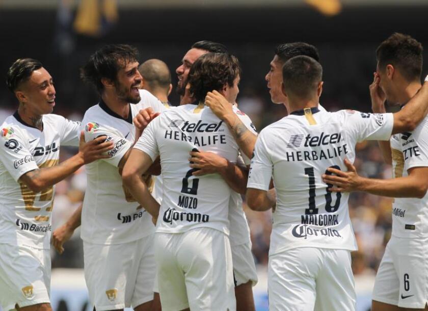 Un gol a última hora de Mendoza da el triunfo a Pumas sobre Toluca