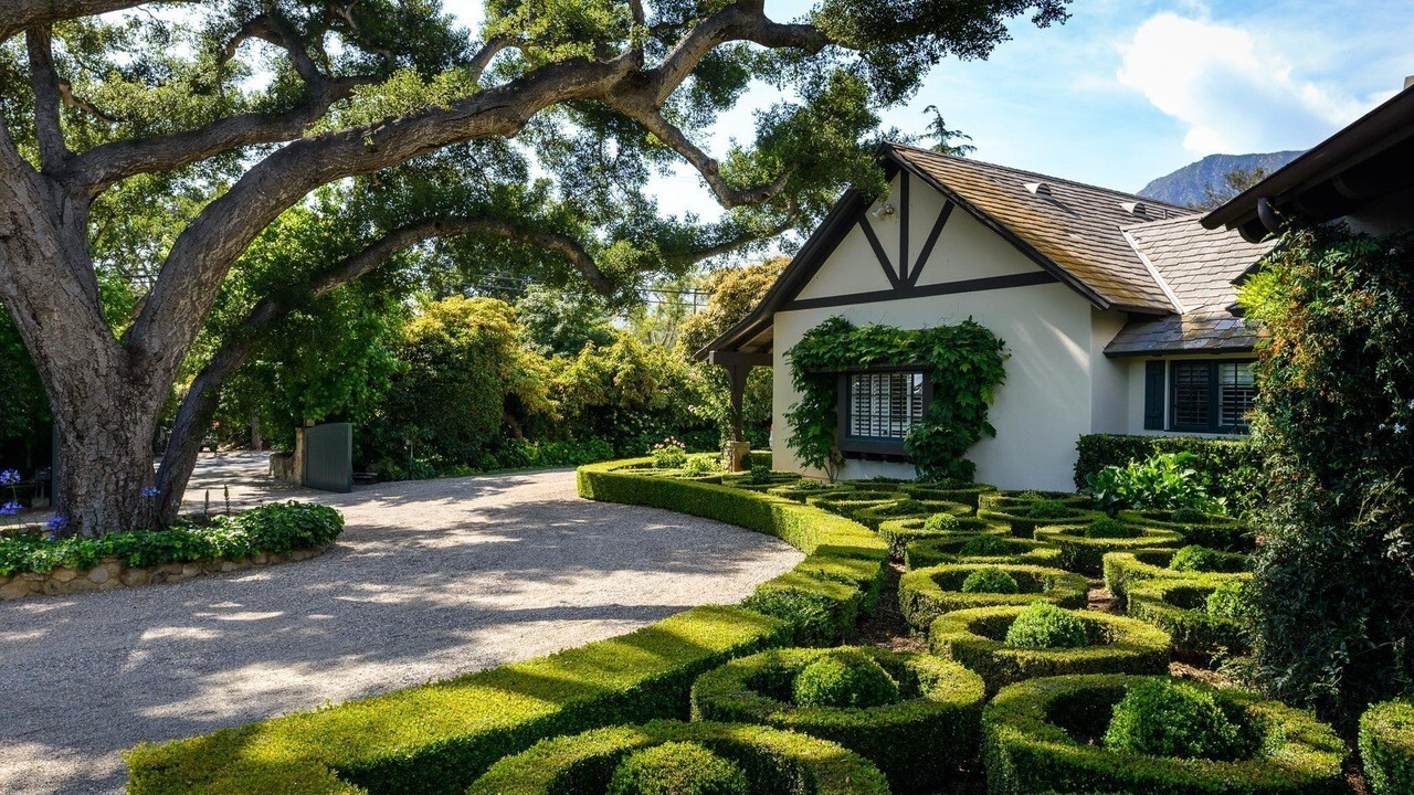 Hot Property | Former Rob Lowe