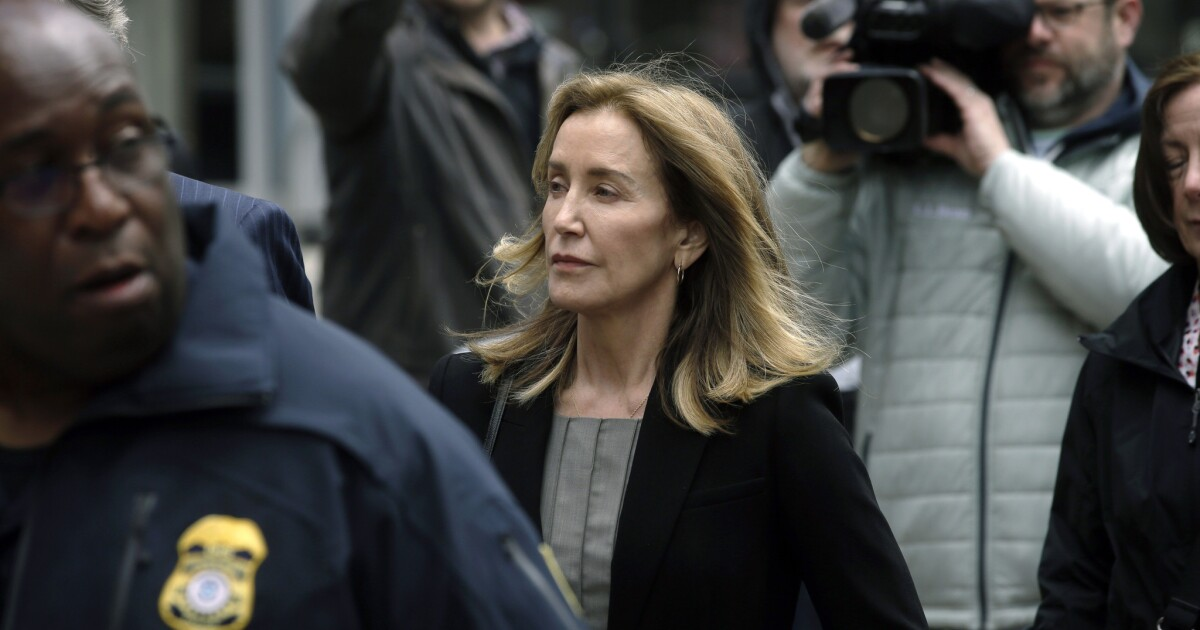 Felicity Huffman's parenting blog may hurt her in college admissions scandal sentencing