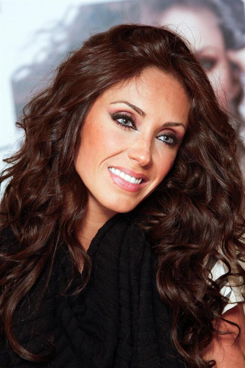 La cantante y actriz mexicana Anahí Puente, exintegrante del grupo RBD, anunció hoy el nacimiento de su primer hijo, fruto de su matrimonio con el gobernador del estado de Chiapas, Manuel Velasco. EFE/ARCHIVO