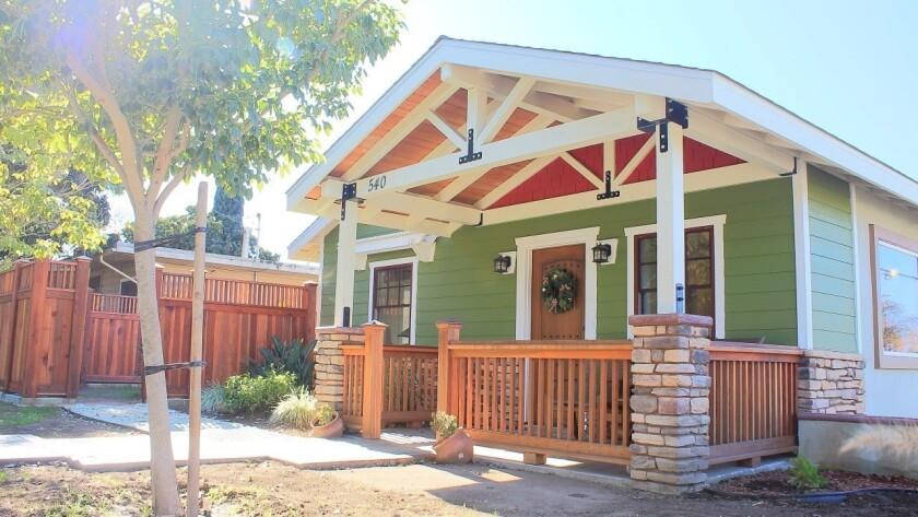 Vista | 540 N. Citrus Ave
