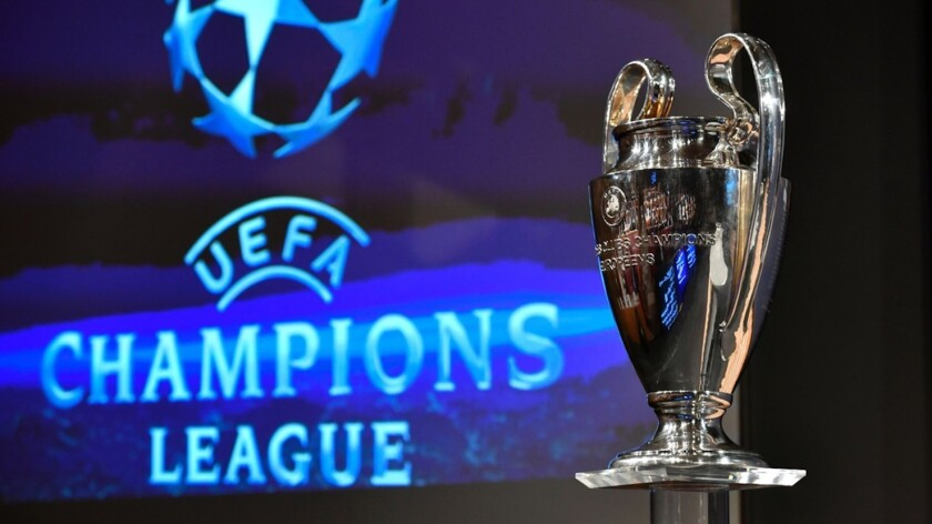 El trofeo de la Liga de Campeones.