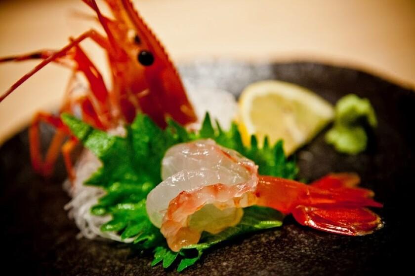 2021年9月28日ミシュランの星を獲得したSushi Tadokoroの新鮮な魚介類。