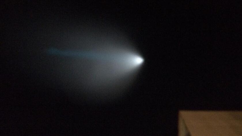 Así fue como se observó la prueba de misiles desde Central Park, en Rancho Santa Margarita durante una sesión de canto de las Niñas exploradoras o Girl Scouts.