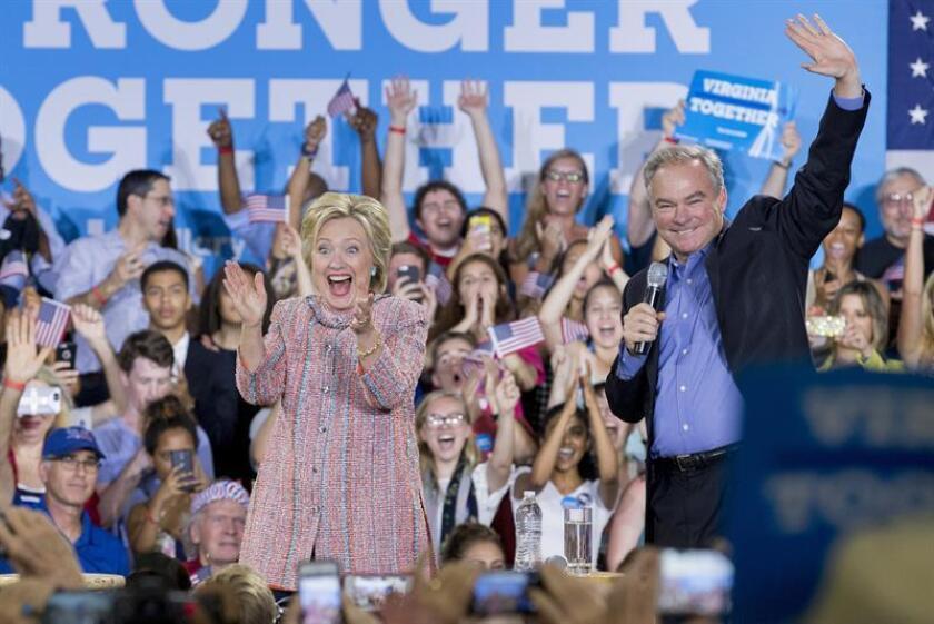 El portal Wikileaks aseguró tener casi 20.000 correos electrónicos del Comité Nacional Demócrata (DNC, en inglés) y dijo haber publicado información sobre la estrategia de la virtual candidata demócrata a la Casa Blanca, Hillary Clinton, para vencer a su rival en las primarias, Bernie Sanders.
