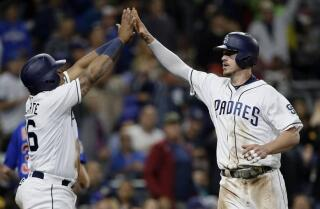 Padres sweep Cubs; win four games in a row