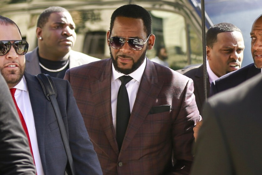 R. Kelly arrives at a Chicago courthouse in June 2019