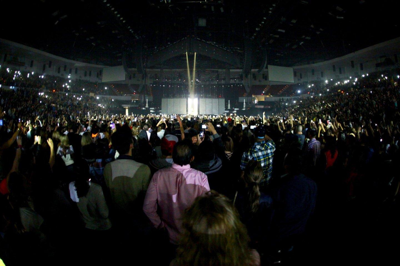 Rihanna Concert at Valley View Casino Center