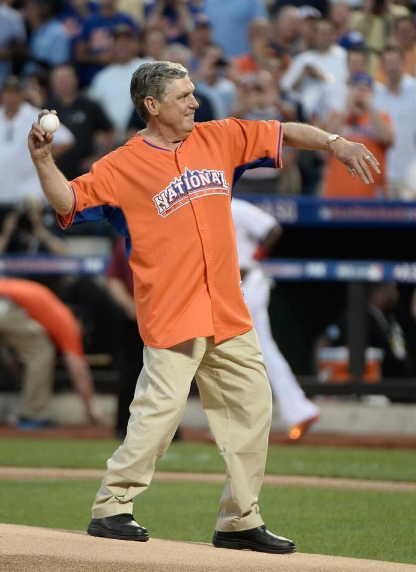 En la imagen, el exjugador de los Mets Tom Seaver. EFE/Archivo