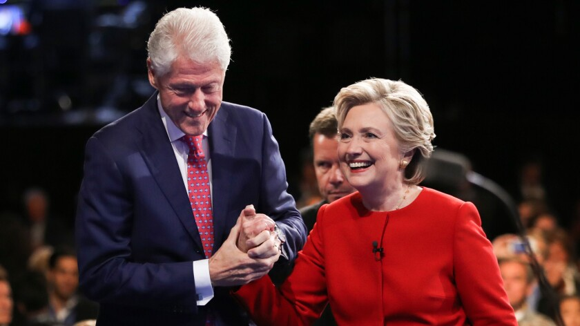 Why Hillary Clinton should talk about her husband's infidelity - Los