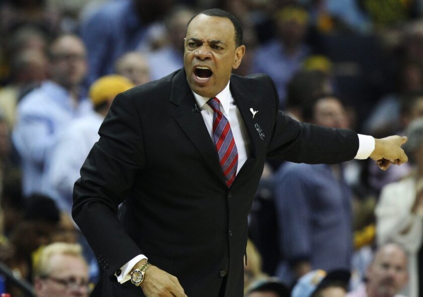 Lionel Hollins is expected to meet with the Clippers about their head coaching position.