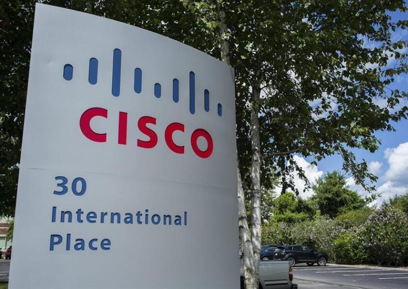 Vista del logotipo de la empresa Cisco Systems, el mayor fabricante de tecnología de redes informáticas del mundo en su sede de Tewksbury, Massachusetts, Estados Unidos. EFE/Archivo