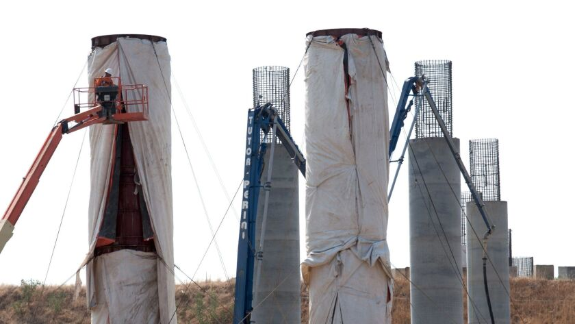 The San Joaquin River Viaduct is an approximately 4,700-foot structure that will span the San Joaqui