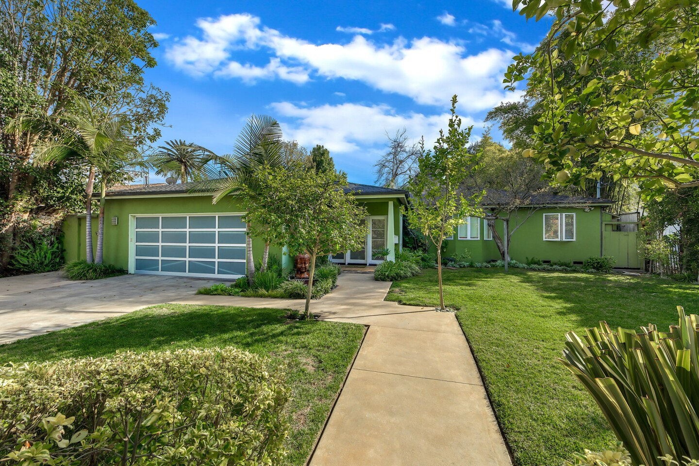 Robert Blake's former home in Studio City | Hot Property