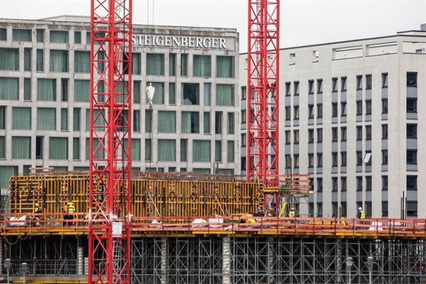 Vista de unas obras de construcción en Berlín (Alemania). EFE/Archivo