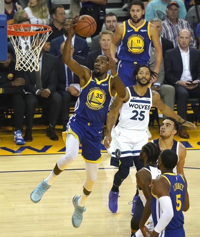 Los dobles campeones de liga, los Warriors de Golden State, volvieron a dar toda una exhibición de buen juego y llegaron a la séptima victoria consecutiva en la jornada de la NBA. EFE