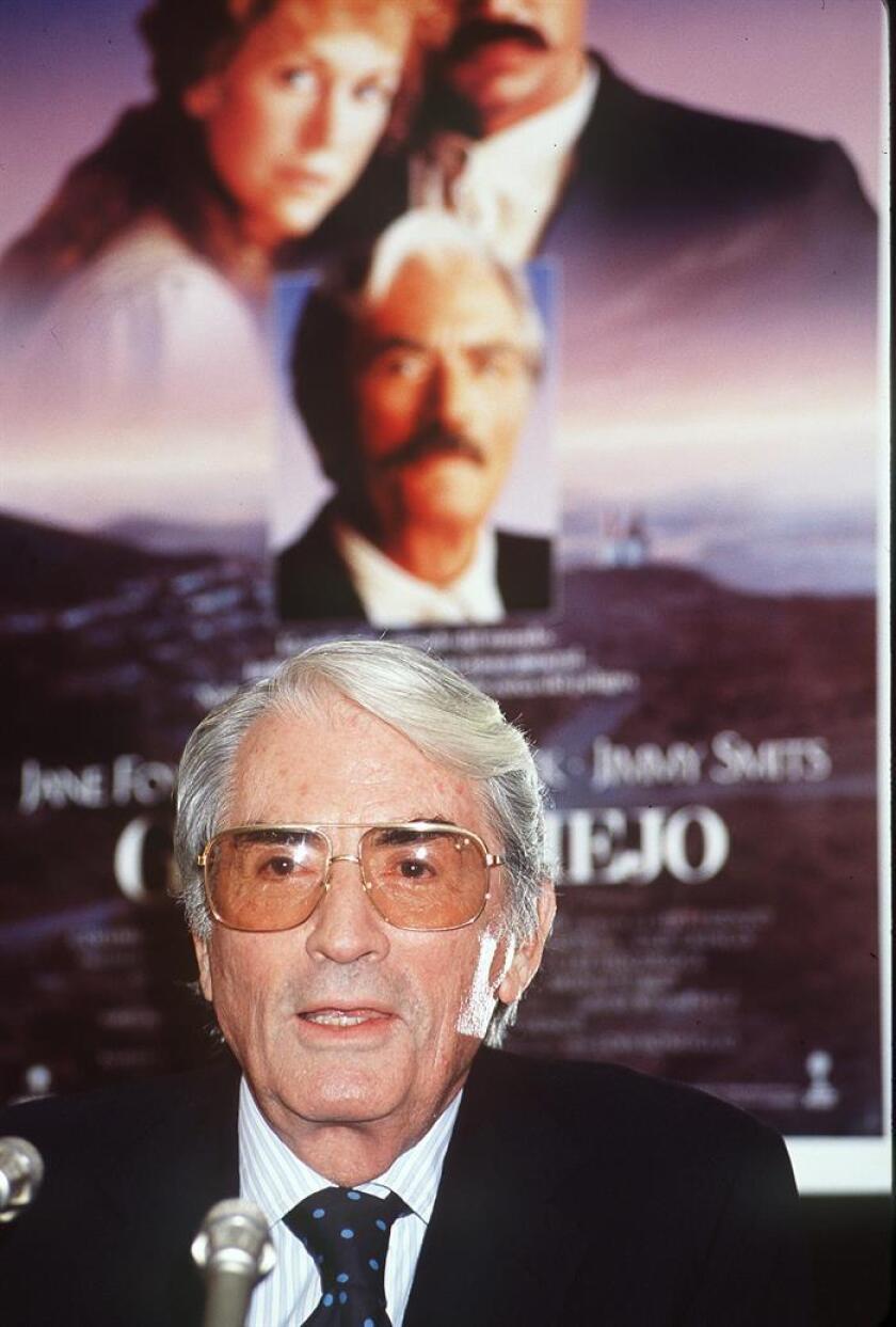 """Foto de archivo de 28 de septiembre de 1989 del actor Gregory Peck durante una rueda de prensa en Madrid para promocionar la película """"Gringo Viejo"""". EFE"""