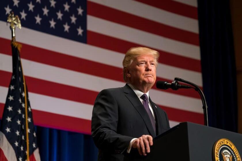 El presidente estadounidense, Donald J. Trump, habla sobre su estrategia de seguridad nacional en Washington DC (Estados Unidos), el 18 de diciembre de 2017. EFE/Archivo