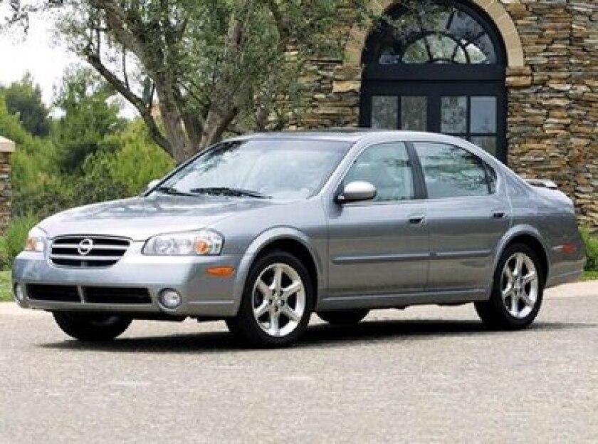 2003-Nissan-Maxima-.jpg