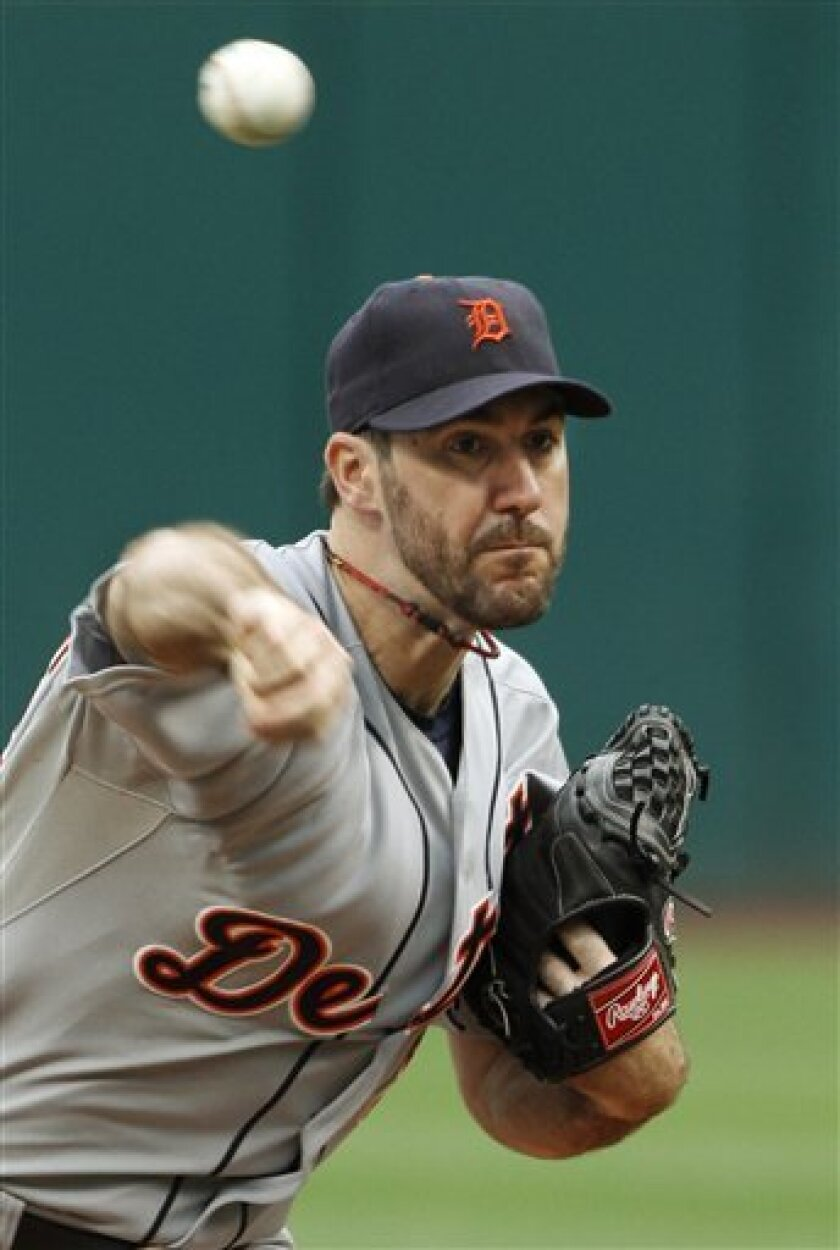 Detroit Tigers' Justin Verlander pitches against the Cleveland Indians in the first inning of a baseball game, Wednesday, Sept. 7, 2011, in Cleveland. (AP Photo/Mark Duncan)