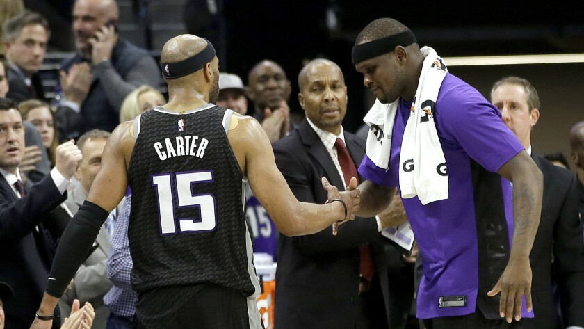 on sale 12726 ef65a Trending in the NBA: Vince Carter sets another record - Los ...