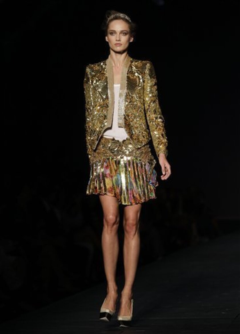 Milan Fashion Designers Invest Heavily In Gold The San Diego Union Tribune