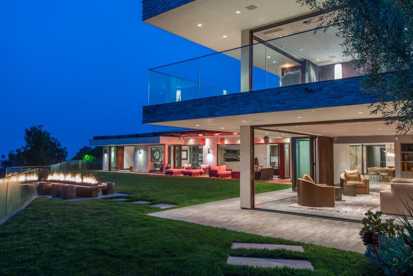 Reggie Bush's contemporary home in Pacific Palisades