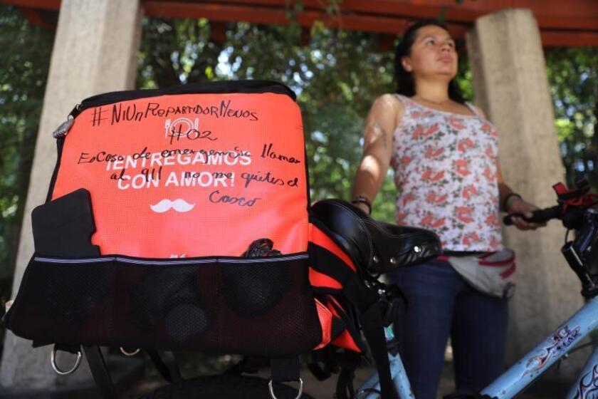 Repartidores unen fuerzas para protegerse en la peligrosa Ciudad de México