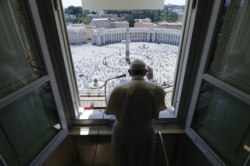 APTOPIX Virus Outbreak Vatican Pope