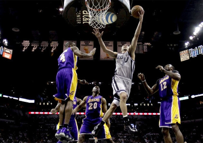 Resurgent Manu Ginobili makes Spurs less favorable matchup for Lakers