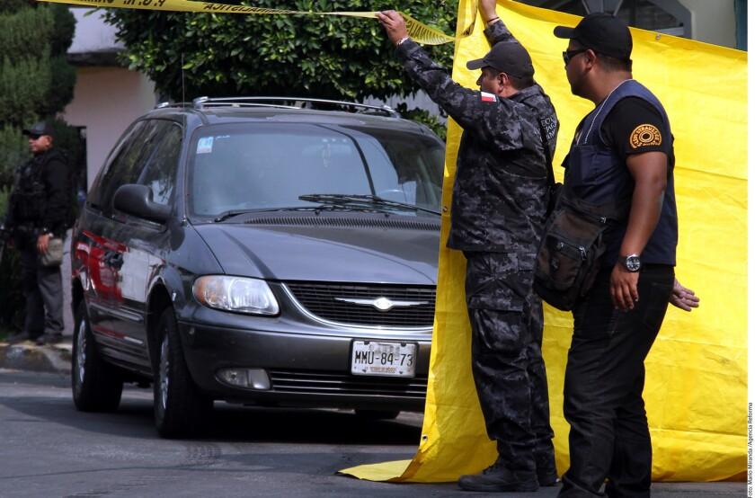 Elementos de la Procuraduría General de la República (PGR) localizaron y aseguraron ayer la camioneta de los presuntos agresores de la senadora Ana Gabriela Guevara, la cual estaba en una casa ubicada en la Delegación Gustavo A. Madero, de la Ciudad de México.