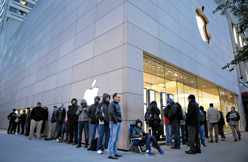Apple seeks to spark iPad sales