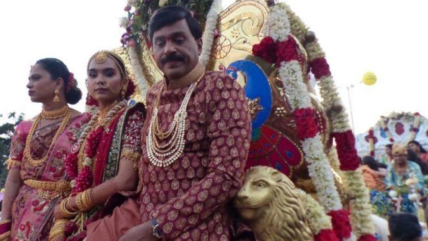 Sin duda se trató de una de las bodas más estrafalarias de India, con un costo estimado en 5.000 millones de rupias (US$74 millones).