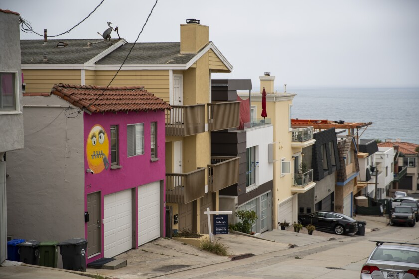 The controversial emoji house on 39th Street in Manhattan Beach