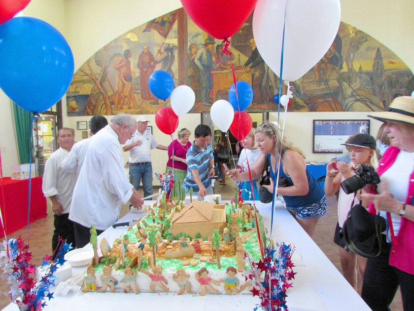 A sensational cake replica of the La Jolla Recreation Center — complete with cookie people — was served to guests in the community room by Francois Goedhuys and staff of Girard Gourmet. Susan DeMaggio