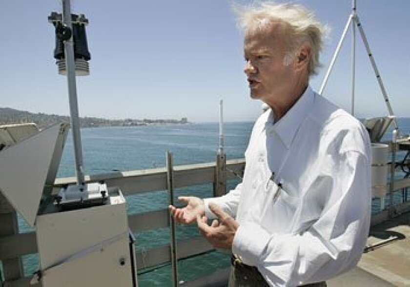 UCSD's Mark Thiemens found that ships account for a large share of air pollutants seen in samples from Scripps' pier.  (Peggy Peattie / U-T)