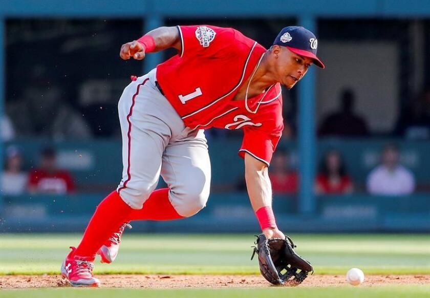 Washington Nationals second baseman Wilmer Difo of the Dominican Republic fields a ground ball hit by Atlanta Braves right fielder Nick Markakis in the ninth inning of the MLB baseball game between the Washington Nationals and the Atlanta Braves at SunTrust Park in Atlanta, Georgia, USA, 2 June 2018. EFE