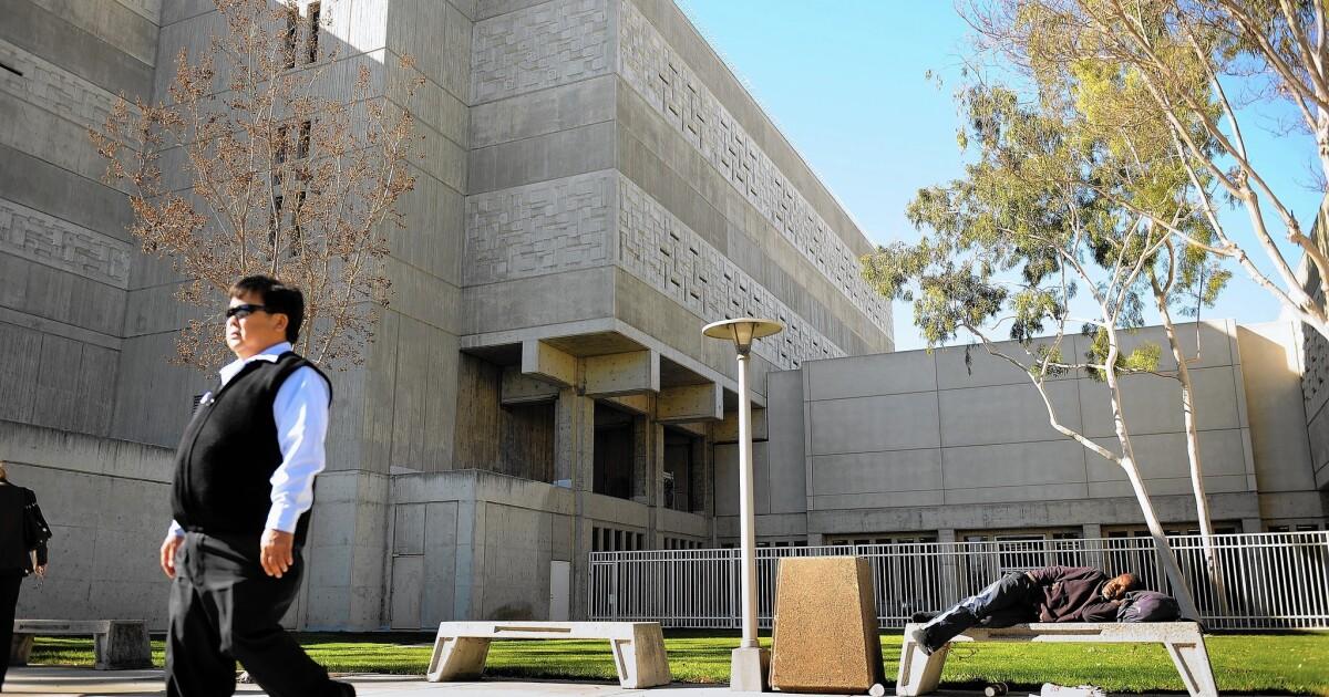 Orange County sheriff sagt, es gibt keine unmittelbaren Pläne zur Freigabe von Häftlingen früh über coronavirus