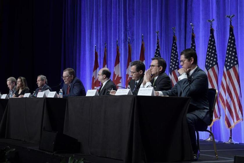 Tras seis días de intensas negociaciones en Montreal, Canadá, México y Estados Unidos dieron hoy por concluidos los trabajos de las principales mesas negociadoras del Tratado de Libre Comercio de América del Norte (TLCAN). EFE/ARCHIVO