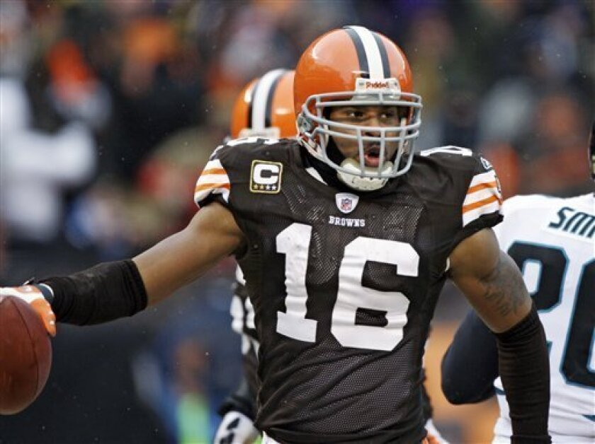 Cleveland Browns' Josh Cribbs celebrates after a 14-yard touchdown run against the Jacksonville Jaguars in the second quarter of an NFL football game Sunday, Jan. 3, 2010, in Cleveland. (AP Photo/Amy Sancetta)
