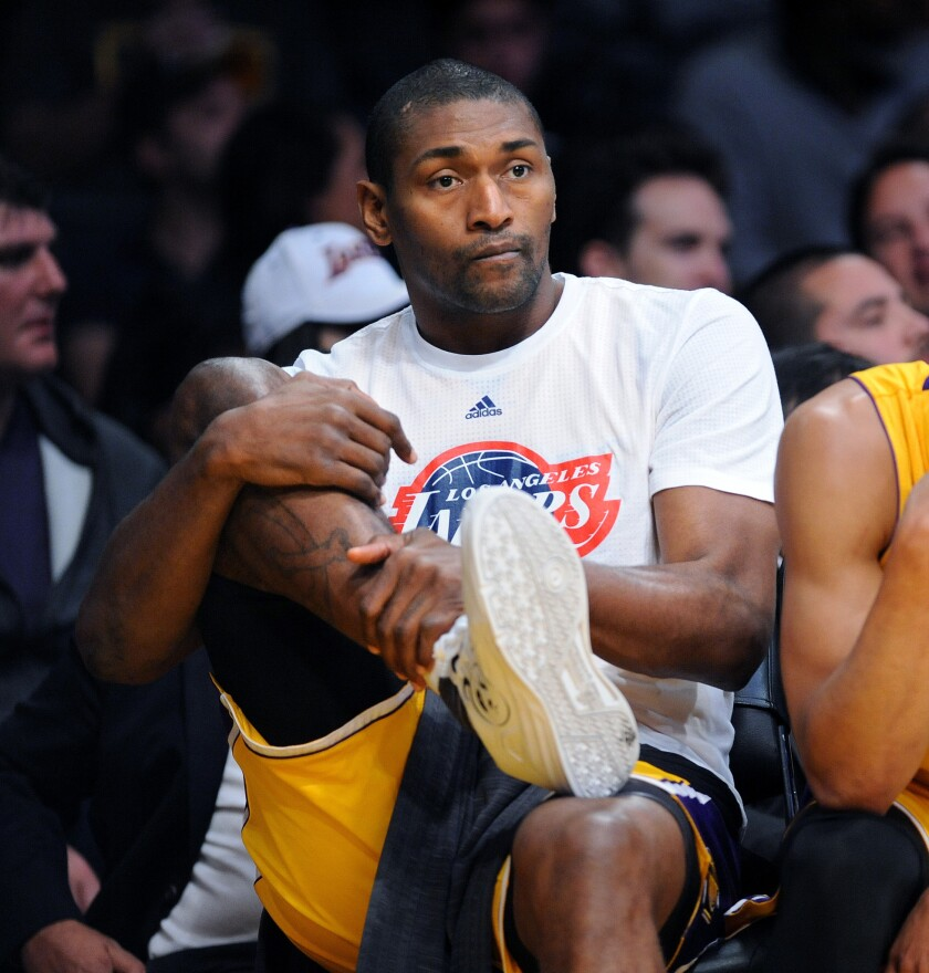 No playing time, no problem for Lakers' Metta World Peace