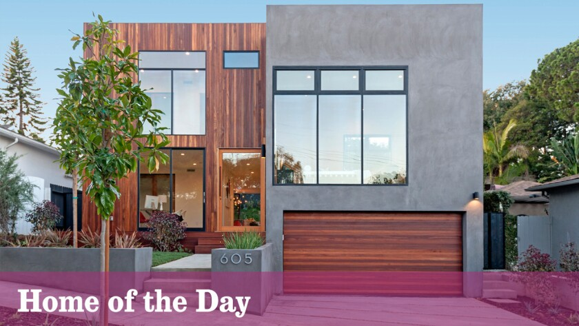 Home of the Day: Wood-wrapped contemporary in the Bluffs