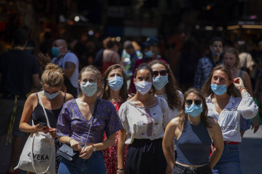 Tourists Face Restrictions Amid New Coronavirus Spike Fears Los Angeles Times
