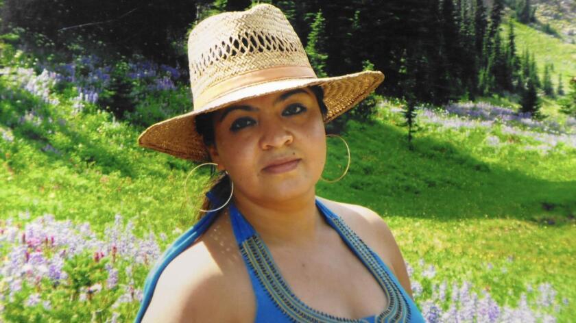 Nestora Salgado fue recluida en agosto de 2013 acusada de decenas de secuestros mientras se desempeñaba como coordinadora regional de la policía comunitaria de Olinalá, cuyo objetivo era proteger a la población de criminales.