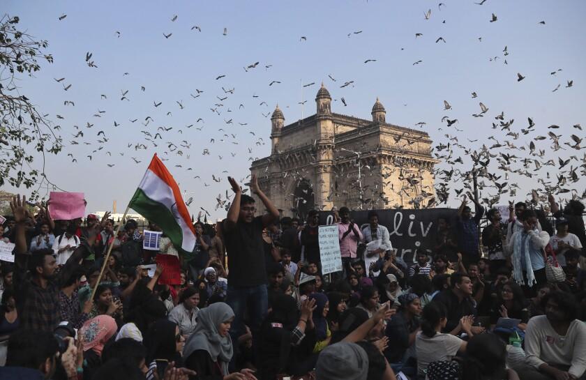 APTOPIX India University Violence