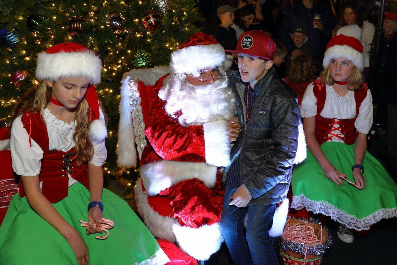 Santa Claus talks to Jack Hartnick