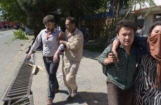 90 personas muertas  y 400 heridas en un atentado con coche bomba en Kabul